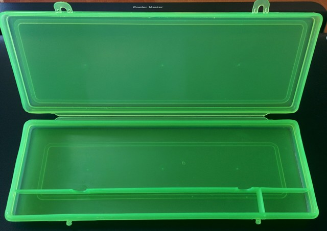 PLASTIC BOX FOR 17 RODS STUDENT ABACUS (116)